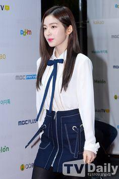 Pretty Anime Girl, Red Velvet Irene, Rock Outfits, Music Awards, Trending Memes, Rv, Kpop, Album, Fashion