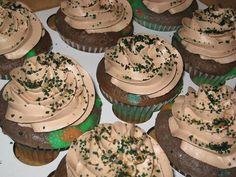 Camo cupcakes! For julie?