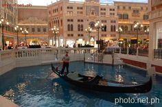 The Venetian Macau offers Italian gondolas with serenading gondoliers gliding through the San Loco, Marco Polo, or Grand Canals.  Tickets priced at 108 Macau Pataca (MOP) for adults (≈ 648 PhP) and MOP 80 for kids (≈ 480 PhP) are available at Boutique di Gondola (shop 2301) and Emporio di Gondola (shop 2660).