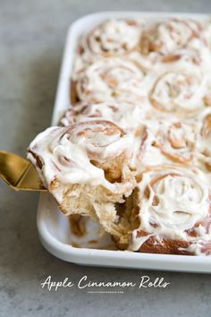 These apple cinnamon rolls are an autumn variation of the classic cinnamon roll. The dough is made with apple cider for extra flavor while the filling is packed with cinnamon spiced apples! Apple Cinnamon Rolls, Cinnamon Spice, Cinnamon Apples, Brunch Recipes, Breakfast Recipes, Dessert Recipes, Breakfast Ideas, Brunch Dishes, Sweet Breakfast
