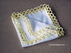 >>> Nr. 8. Chusteczka z batystu z szydełkową koronką. Cena 40 zł.>>> The handkerchief with crocheted lace made of white batiste. Price 15 $ + shipping