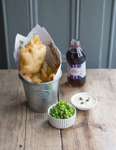 English Fish & Chips With Mushy Peas And Tartar Sauce