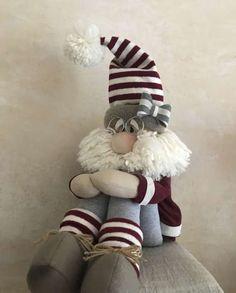 A piece 2015 Lovely Santa Claus Snowman Reindeer Christmas Decoration For Home Indoor Ornament Enfeites De Natal Elf Christmas Decorations, Christmas Ornaments To Make, Christmas Sewing, Christmas Gnome, Handmade Christmas, Christmas Stockings, Diy And Crafts, Christmas Crafts, Christmas 2017