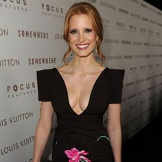 Jessica Chastain nice cleavage