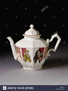 Teapot, by Francesco Vezzi. Venice, Italy, 18th century Stock Photo, Royalty Free Image: 25210643 - Alamy