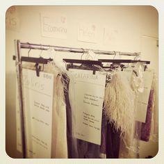Octobre 2012 : quelques heures avant le défilé les tenues étaient prêtes à être enfilées .... #etiennejeanson #couture #miami #miamibeach #fashion #fashionshow #paris #instantanesdecollection #broceliande @agustindemexico