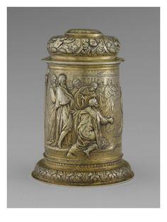 Chope transformée en boîte  - Musée national de la Renaissance (Ecouen)