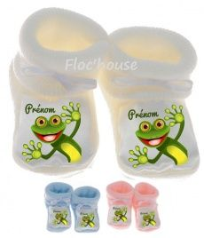 Une jolie paire de chaussons naissance pour bébé