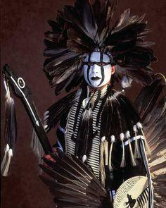 Ben Marra's Native American Photos Ben Marra's Native Ame… - limelights. Native American Pictures, Native American Artwork, Native American Symbols, Native American Beauty, American Indian Art, Native American History, American Indians, American Women, Native American Headdress