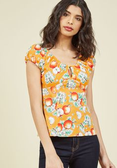 Charismatic Cruiser Cotton Top in Apples in 4X, #ModCloth