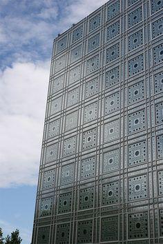 """""""Institut du Monde Arabe"""", V-ème, Paris. By Jean Nouvel; 1981-7."""