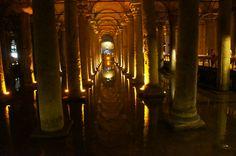 Cisterna Basílica ou Palácio submerso em Istambul - Turquia - Viagem com Sabor