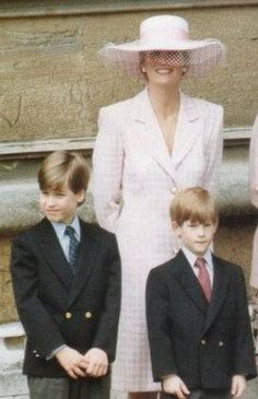 March 31, 1991: Princess Diana, Prince William & Prince Harry at Easter service at Windsor.