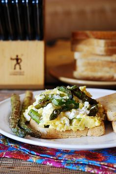 Breakfast sandwich: scrambled eggs, asparagus, and goat cheese by JuliasAlbum.com, via Flickr