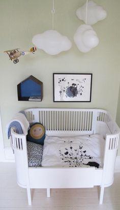 Jeg har aldrig lavet et indlæg om babyværelser, og på opfordring af nogle af Colorama Boligdrømmes faste læsere, bringer jeg her lidt inspiration til baby's værelse. Når man er gravid, krible…
