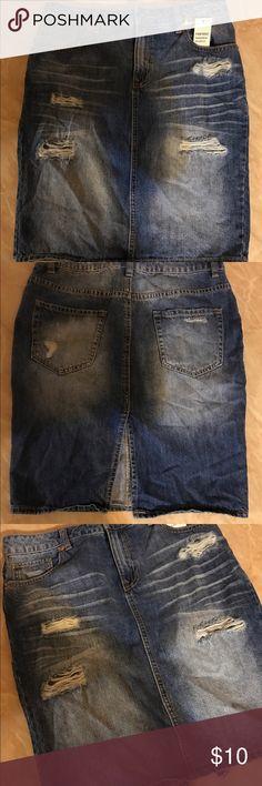 Forever21 dark denim distressed shorts! Forever21 dark denim distressed pencil skirt with slit in back Forever 21 Skirts Pencil