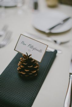 Fall decor: http://www.stylemepretty.com/new-hampshire-weddings/2015/04/01/romantic-fall-wedding-at-the-bedford-village-inn/ | Photography: Emily Delamater - http://emilydelamater.com/