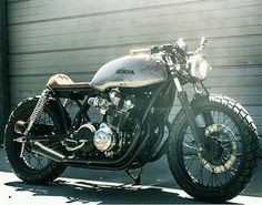 #caferacer #caferacers #bobber #bobbers #bobberheads #bobbersnchoppers…