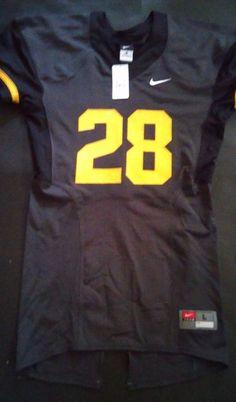 Men s Nike Michigan Wolverines Team Replica Football Jersey Large MU in  Sports Mem 17e4ffb26