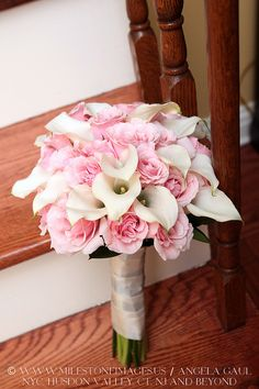white calla lilies and pink roses