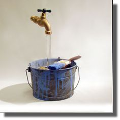 Hand Painted Half Paint Bucket Floating Faucet Fountain
