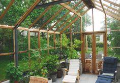 anslutet växthus i cederträ