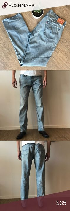 "Levi's 514 light wash jeans, 36x36 Levi's 514 straight fit light wash jeans, 36 x 36. Rise = 11.5 inches. Model is 5'10"". No flaws. Love the item but not the price? Make me an offer! Levi's Jeans Straight"