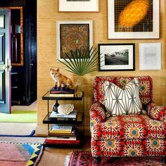 A Fool's Manual To Inviting Living Room Color Design Ideas Revealed 32 - untoldhouse Bohemian Furniture, Bohemian Interior, Retro Home Decor, Luxury Home Decor, Room Color Design, Interior Trim, Interior Design, Room Colors, Cozy House