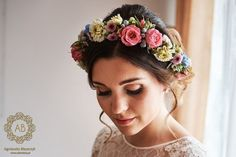wianek_na_slub_rozowo-bialo-niebieski_abkwiaty Wedding Day, Wedding Dresses, Flowers, Bridal Hairstyle, Flower Crowns, Weeding, Clay, Ideas, Civil Wedding