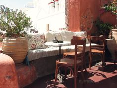 Cozy place, on Santorini