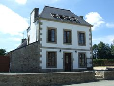 Old school #house for #sale plus another for €195,000.00 in #Brittany #France. Both properties have been completely #renovated to a very high standard.