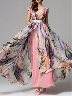 Stylewe.com Printed chiffon maxi dress Designer Ya Rong tried to combine traditional Chinese style with minimalism what he understand. Her products express the free and fresh temperament; plenty of blossoms, brilliant color matches, simple smooth silhouette, and refined processes all make this brand charming and unique.
