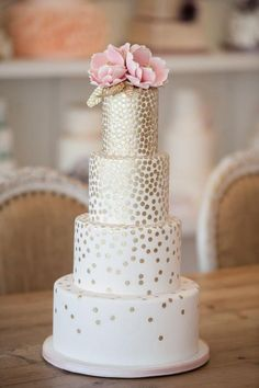 2014 wedding cake trends modern