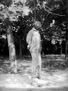 African American man lynched in 1925, photo by National Photo Co.