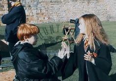 Harry James Potter, Mundo Harry Potter, Harry Potter Puns, Harry Potter Feels, Harry Potter Tumblr, Harry Potter Hermione, Harry Potter Pictures, Harry Potter Universal, Harry Potter Characters