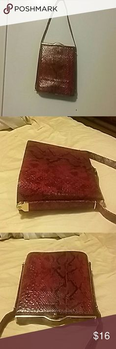 Alligator red and black  purse Square shape gold hardware  snap clamp nice.zipper in side in middle  and zipper  on side inside. And pouch also. Bags Shoulder Bags