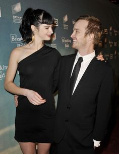 """Krysten Ritter Photos Photos: Premiere Of AMC & Sony Pictures Television's """"Breaking Bad"""" Season 2 Breaking Bad Season 2, Breaking Bad Series, Breaking Bad Jesse, Krysten Ritter Breaking Bad, Aaron Paul, Walter White, Gossip Girl, Movie Stars, Actors & Actresses"""