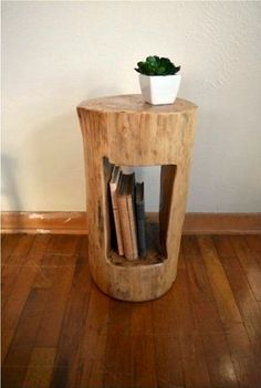 Add a unique piece of tree furniture . Add a unique tree furniture piece to your home # diymöbel Log End Tables, Log Table, Diy Side Tables, Tree Trunk Table, Wooden Side Table, Into The Woods, Unique Furniture, Rustic Furniture, Furniture Ideas