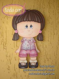 Menina aparador de porta e/ou parede. Peça para decoração infantil. PEÇA A PRONTA ENTREGA R$45,00