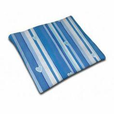 Kirschkernkissen Herzen Blau: Mit diesem Kissen wird?s richtig gemütlich und dazu braucht es keine Ofenbank. Denn das Kissen selbst spendet schon genug Wärme.