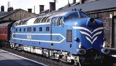 Trackside Classic: 1961 British Rail Class 55 'Deltic' Diesel Locomotive – A Distinctive Roar of Confidence on Britain's Rails Electric Locomotive, Diesel Locomotive, Steam Locomotive, Milwaukee Road, Train Pictures, Electric Train, British Rail, Rolling Stock, Train Journey