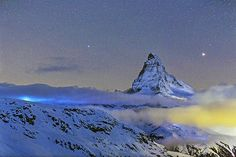 Matterhorn and Mars | Planet Mars is setting on the right of the Matterhorn