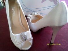 SATIN BRIDAL/WEDDING/PROM SHOES