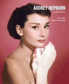 Audrey Hepburn a Life in Pictures, Reduced Format