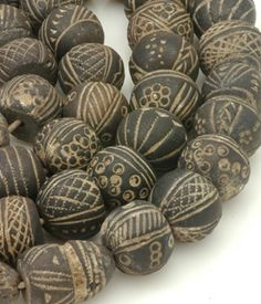 African clay spindle whorls