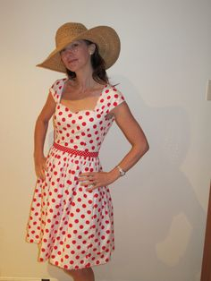 Sewaholic Cambie in red and white dots by Sew Busy Lizzy