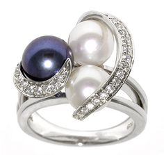 Freshwater cultured pearls set in sterling silver. I want!