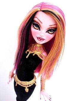 OOAK Monster High GiGi GRANT Custom Dressed Repaint By Alison in Other | eBay