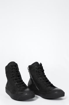 The Last Conspiracy | Hannu low top sneakers, Reversed horse