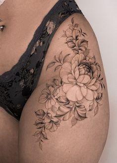 Feminine Thigh Tattoos, Hip Thigh Tattoos, Hip Tattoos Women, Dainty Tattoos, Simplistic Tattoos, Back Tattoo Women, Dope Tattoos, Pretty Tattoos, Body Art Tattoos